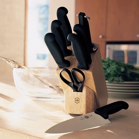best victorinox knife set under 200